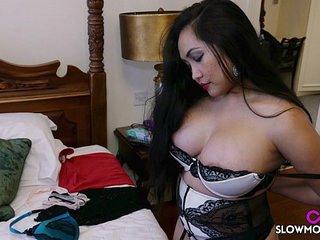 Amy Latina - Bedroom Jiggles..