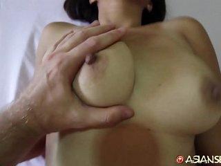 Asian Sex Diary - MILF meets..