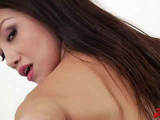 Asian Vicki Chase Gets Her Ass Hammered