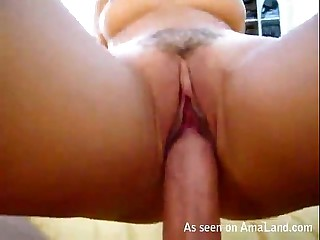 Kinky Asian chick makes..