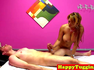 Bigtitted oriental masseuse..